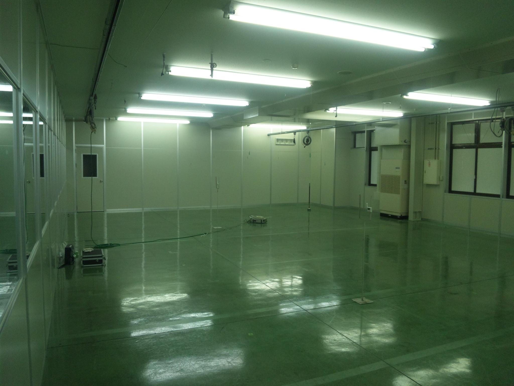 グリム・エナジー株式会社様 クリーンルーム設置工事