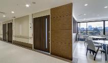 医療施設向け木製ドア